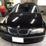 自動車ガラス交換、BMW   316i フロントガラス交換(サンテクト)施工で入庫。