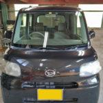 自動車ガラス交換、ダイハツ タント フロントガラス交換(サンテクト)施工で入庫。